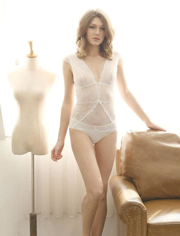 products/deep-v-lace-bodysuit-white-l-shemoment_749.jpg