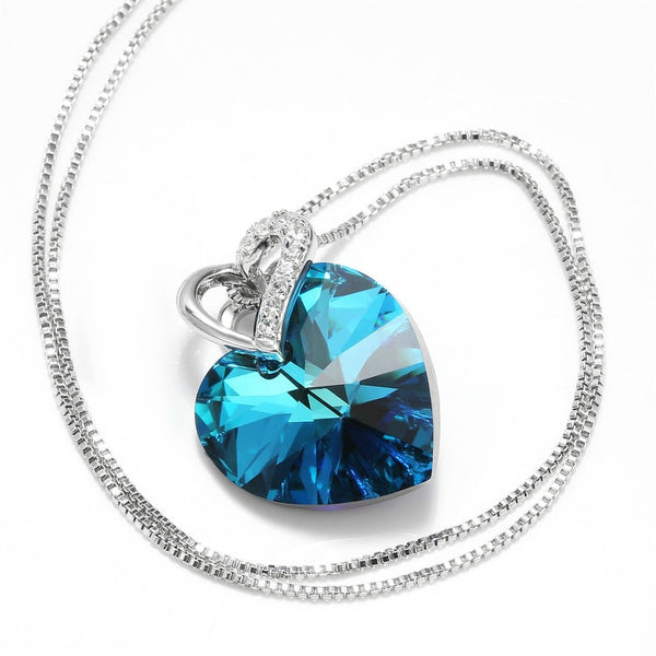 Majestic Crystal Necklace - ethereal-arscenic