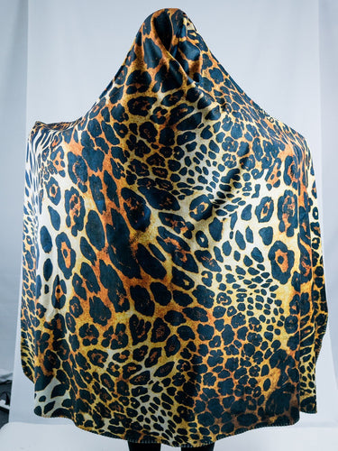 Cheetah Design Hooded Blanket