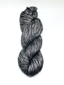 Illimani's Amelie Yarn in Charcoal