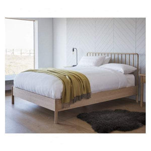 Walter Spindle Queen Bed