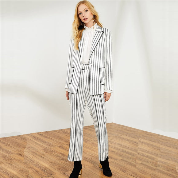 Evelyn Hottest Look this season Stunning Stripe Pant Suit