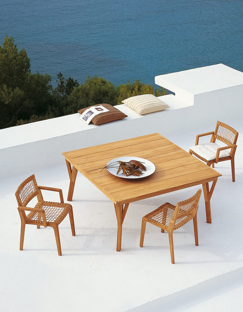 Synthesis Dining Table - italydesign.com