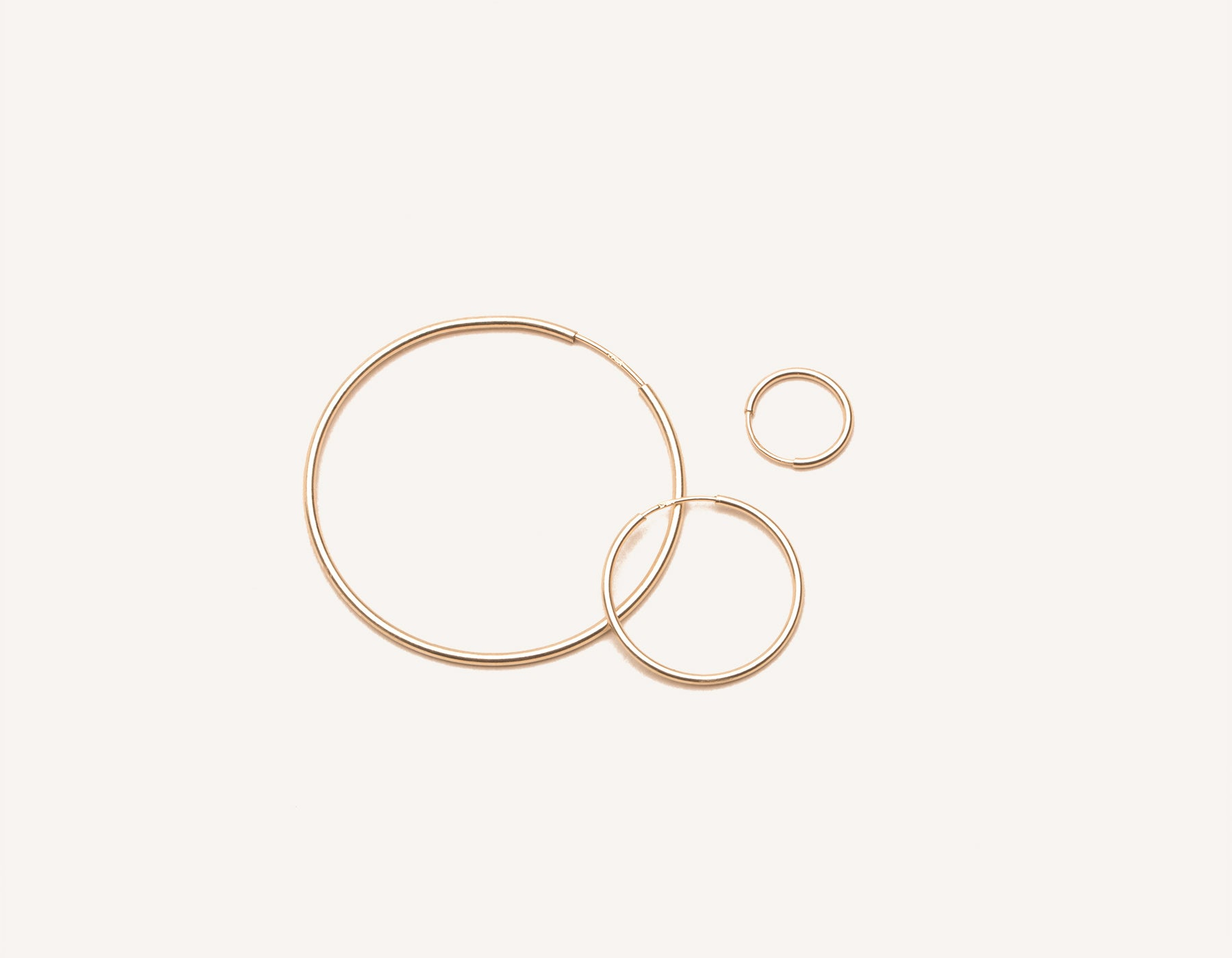 modern minimalist Lightweight Hoop earrings 14k solid gold Vrai & Oro sustainable jewelry, 14K Rose Gold