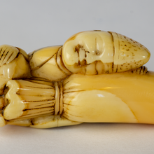 Load image into Gallery viewer, Netsuke - Sleeping Temple Servant (Eri)
