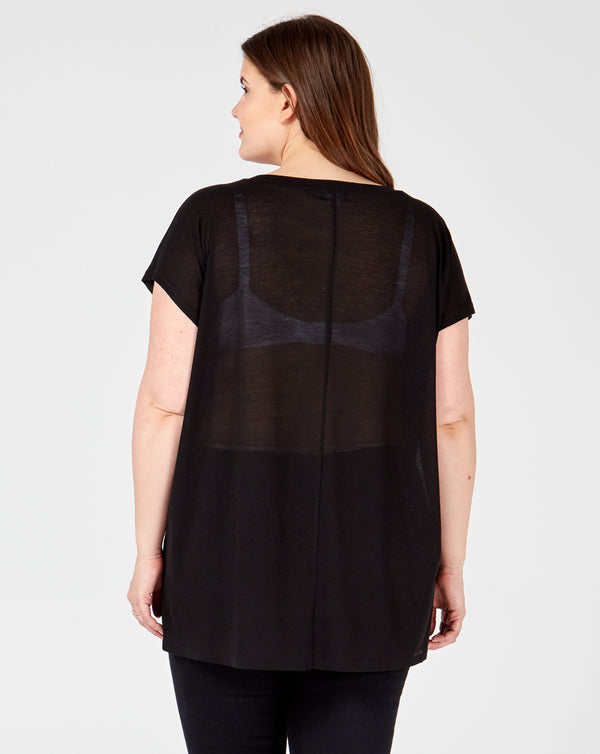 MAGNOLIA - Diamont Heart Black Top