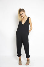 KARIN JUMPSUIT - europe.june72.com