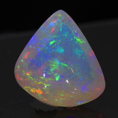 Rainbow Colors Trillant Cabochon Welo Opal Gemstone 18.49 Carats