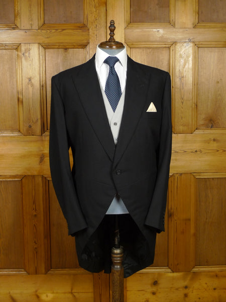 18/1592 immaculate gieves & hawkes 2008 savile row bespoke black herringbone wool morning coat 47 long