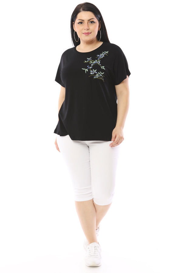 Embroidered Bat-wing Sleeve T-Shirt