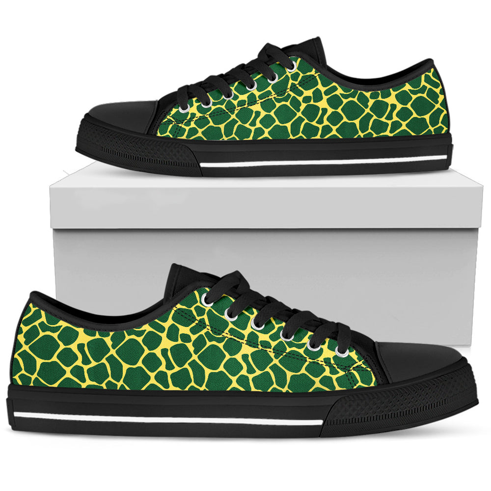 Green Giraffe - Men's Low Top - CRE8Custom