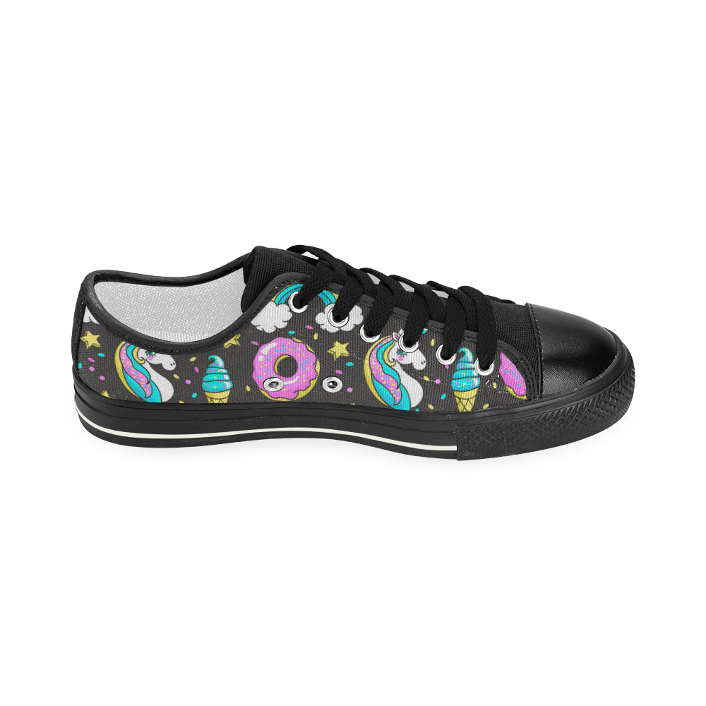 Seamless Pattern with Unicorns Women's Classic Canvas Shoes Casual Shoes
