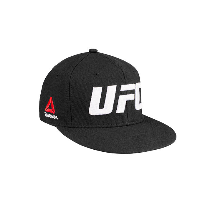 UFC Flat Core Logo Flexfit - Small/Medium