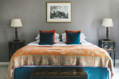 Bedspread/Throw in Apricot Moon