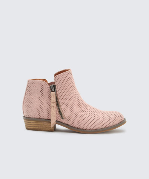 SELA BOOTIES IN BLUSH -   Dolce Vita