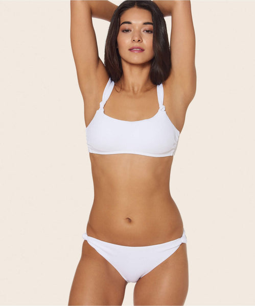KNOTTY SCOOP BOTTOM IN WHITE -   Dolce Vita
