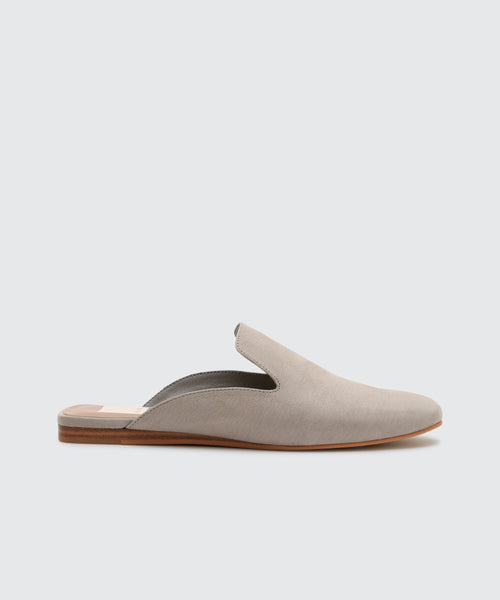 BRIE FLATS IN GREY -   Dolce Vita