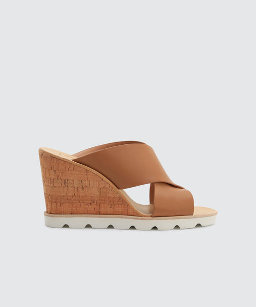 LIDA WEDGES IN MOCHA -   Dolce Vita