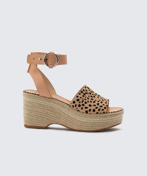 LESLY WEDGES IN LEOPARD -   Dolce Vita