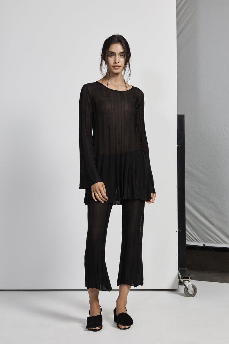 AYA PLEATED FLARE PANT