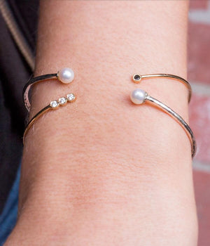 Bracelet Cuff with Pearl