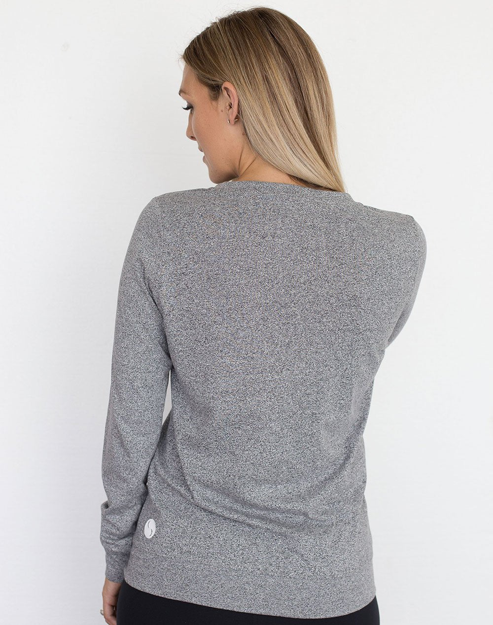 back view of a mom in a gray crew neck maternity top