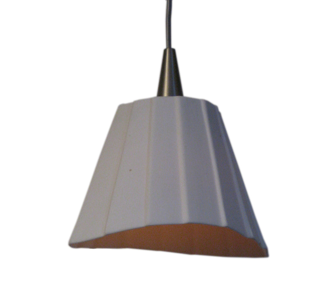 Pendant lights in porcelain