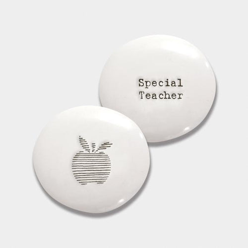 East of India porcelain pebbles for all occasions - Daisy Park