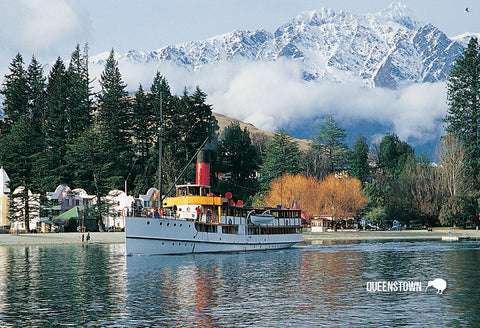 SQT808 - Tss Earnslaw In Queenstown Bay - Small Postcard
