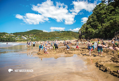 SWA544 - Hot Water Beach, Coromandel - Small Postcard