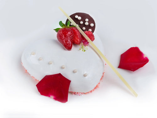 White Chocolate Mousse - Heart Shaped (1 pound)