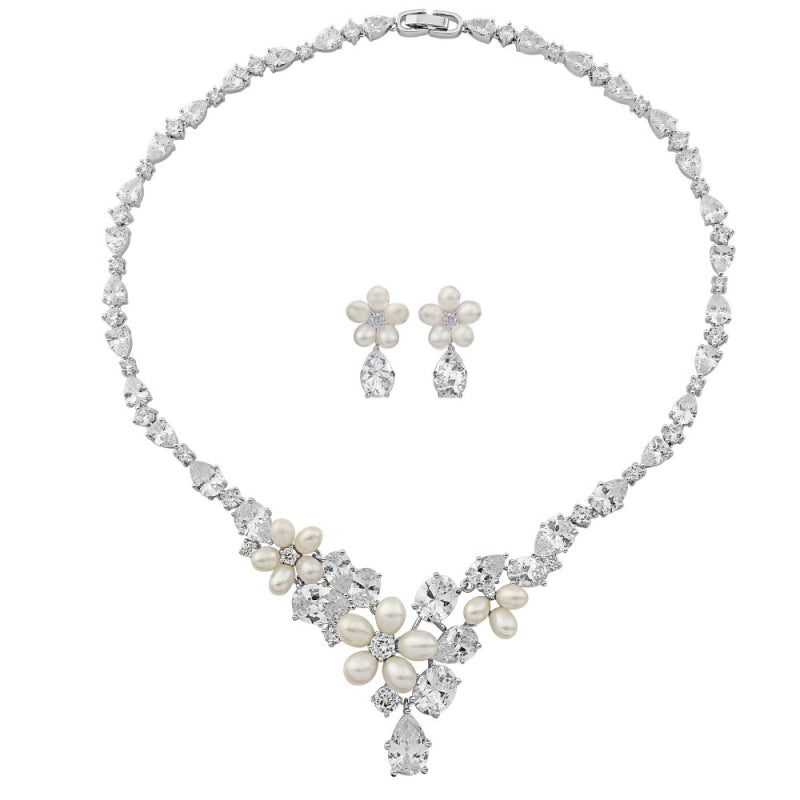 Extravagance Freshwater Pearl & Crystal Silver Necklace & Earring Set