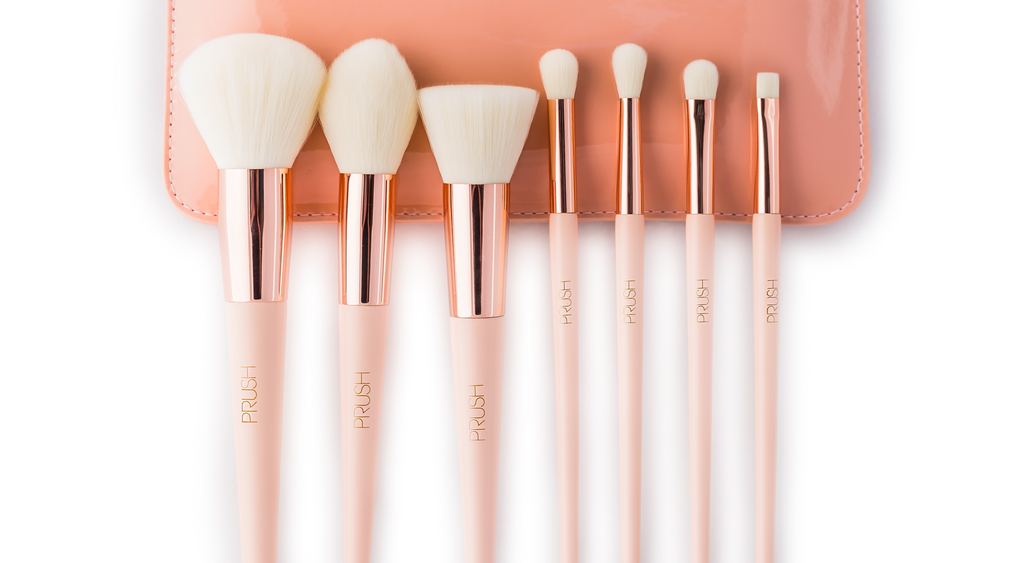 The seven make-up brushes and pouch included in the PRUSH brush set