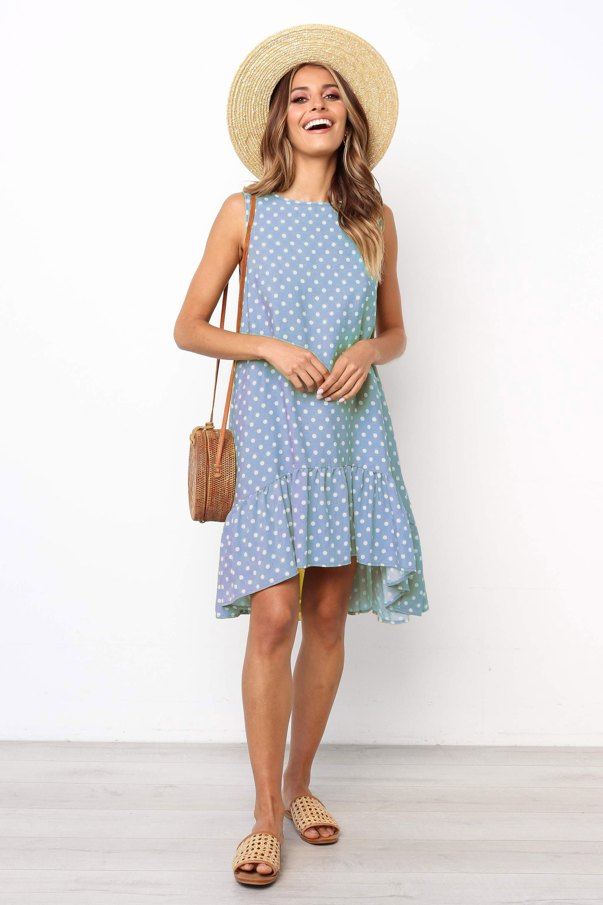 Loose Point Round Neck Dress