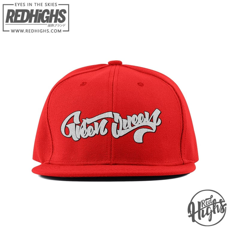 Premium snapback - green queen lettering - red
