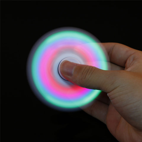 Wholesale Shipping LED Light Hand Spinner Fidget Stress Cube Fidget Spinner Plastic EDC Tri-Spinner Fidget Toy Adult Focus Anti Stress Annoying Lonely Tension