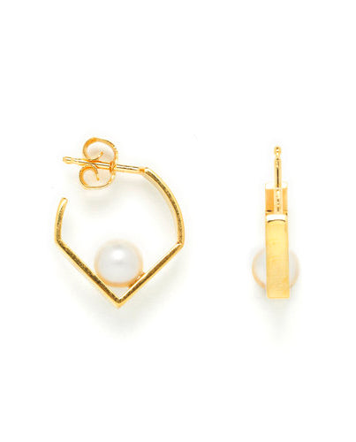 Vibe Harsloef Iris Earring With Pearl Gold