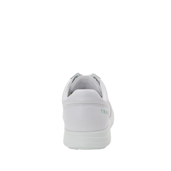 Baseq White smart shoes with Q-chip technology. BAS-M7100_S3