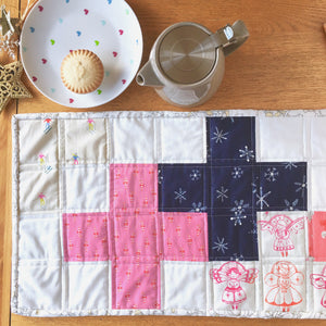 A Quilter's Table - PDF pattern