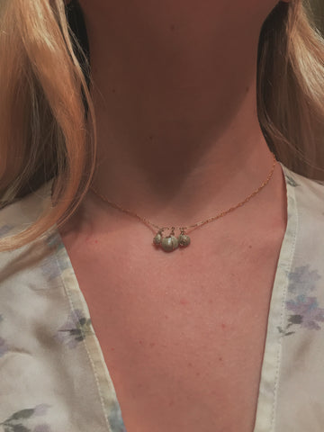 "Tiny Shell 16"" Necklace"