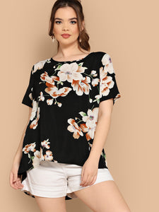Plus Asymmetrical Hem Floral Blouse