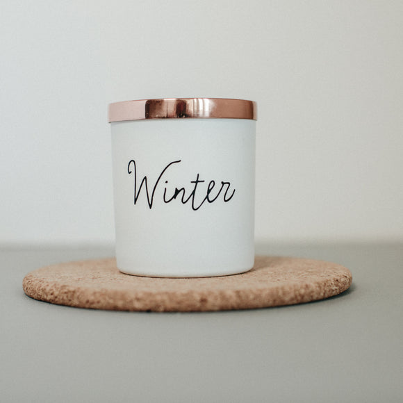Winter scented natural wax candle - 40 hour burn