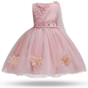 Contessa's Closet offers Boutique girl and baby clothing, shoes, accessories, diaper bags, special occasion & Flower girl dresses. We also have clothing and accessories for women and moms.