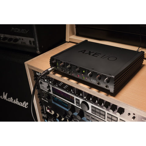 Image of IK Multimedia Axe I/O Premium Audio Interface with Advanced Guitar Tone Shaping
