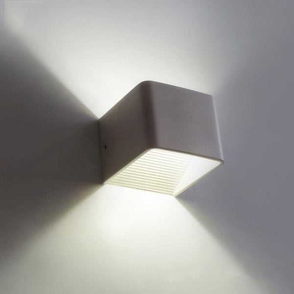 Wooden Modern LED Up Down Cube Wall Lamp