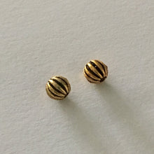 Load image into Gallery viewer, Antique Gold Filled Corrugated Round Beads, 3.5 mm  - 3 Beads