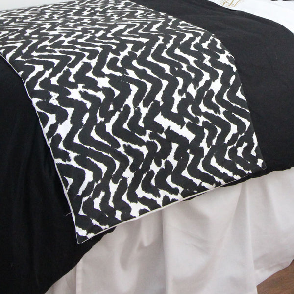 Black and White Marker Print Bed Scarf