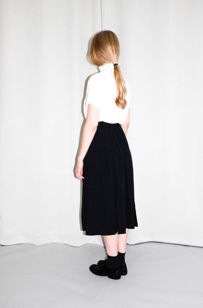 0666_VINTAGE BLACK HIGH WAIST MIDI SKIRT