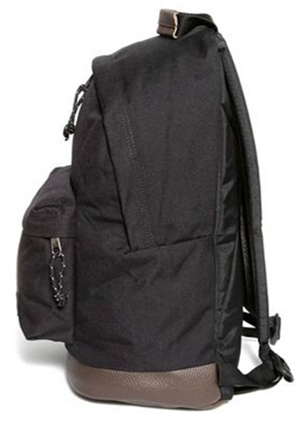 Sac à dos EASTPAK WYOMING black coté