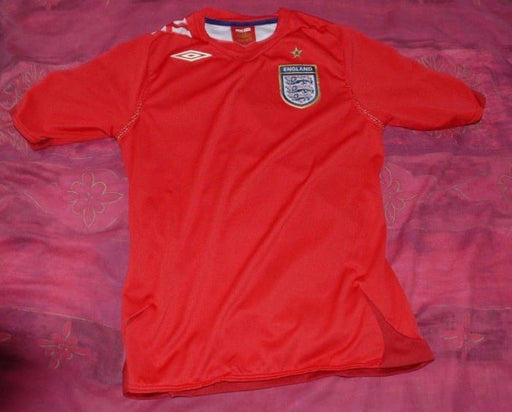 England Red Football Shirt Size 8 - Jerseys